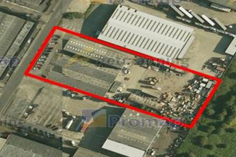 Industrial unit to rent - Marfleet Works, Valletta Street, Hedon Road, Hull, East Yorkshire