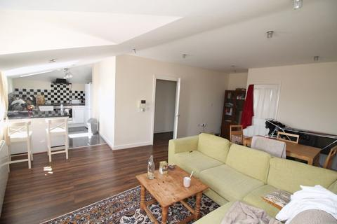 2 bedroom house share to rent - West Street, St Philips, Bristol