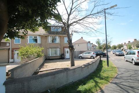 5 bedroom semi-detached house to rent - **STUDENT PROPERTY** Monks Park Avenue, Monks Park , Bristol