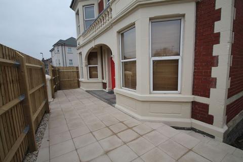House share to rent - En-Suite Room, Hanham Road, Kingswood, Bristol