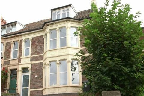 Property to rent - Room to rent Bath Road