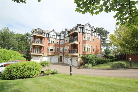 3 bedroom flat for sale - Malrae, Ashley Road, Hale