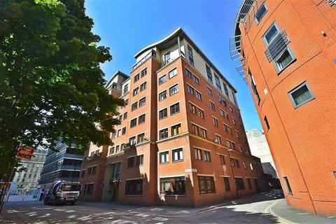 2 bedroom penthouse to rent - Tuscany House, City Centre, Manchester, M1