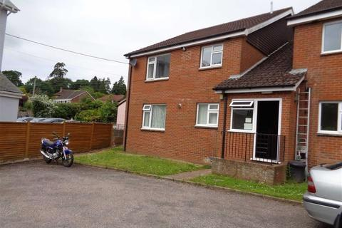 Studio to rent - Uffculme