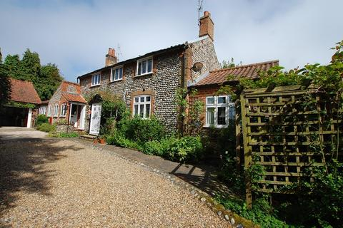 2 bedroom house for sale - Overstrand Road, Cromer