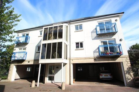 2 bedroom flat to rent - St James Mews, The Hoe, Plymouth