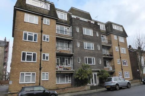 2 bedroom flat to rent - Rochester Gardens, Hove BN3 3AY