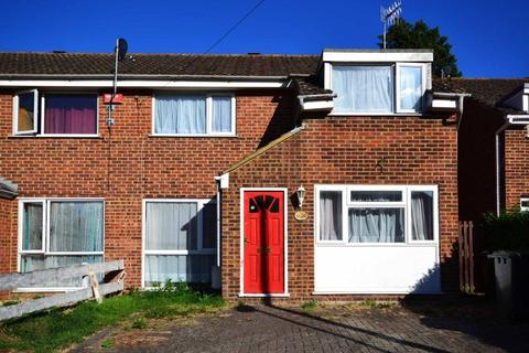 5 bedroom house to rent - Reed Avenue, Canterbury