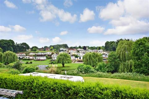 2 bedroom park home for sale - Riverside Park, East Farleigh, Maidstone, Kent