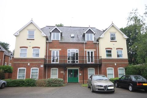 3 bedroom property for sale - Lansdowne Road, Bournemouth