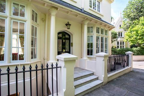 2 bedroom end of terrace house for sale - Park Village West, Regents Park, London, NW1