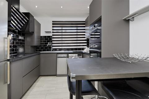 2 bedroom flat to rent - Threshers Place, London