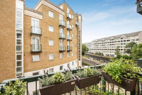 2 bedroom apartment to rent - Lorne Close, London, NW8