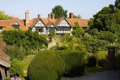 5 bedroom country house to rent - Wonersh