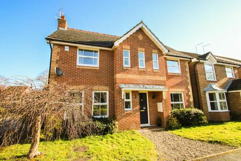 3 bedroom detached house to rent - Stunning detached home is sought-after cul-de-sac