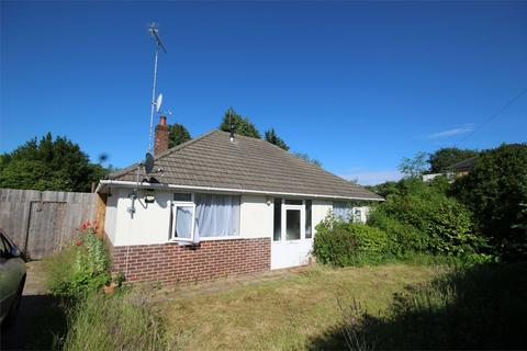 2 bedroom detached bungalow for sale - Yarmouth Road, POOLE, Dorset