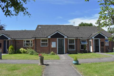2 bedroom terraced bungalow for sale - Shephard Mead, Tewkesbury, Gloucestershire