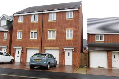 4 bedroom townhouse for sale - Brookville Crescent, Newcastle upon Tyne