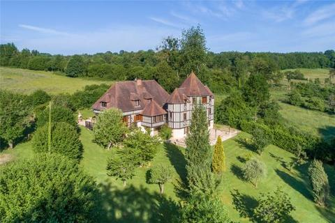9 bedroom detached house  - Normandy Mansion, Pays D'Auge, Near Pont-L'Eveque