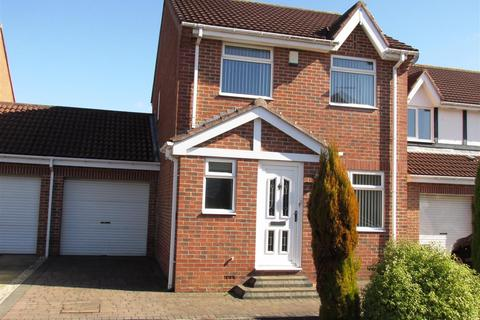 3 bedroom detached house for sale - Castlewood Close, Newcastle upon Tyne
