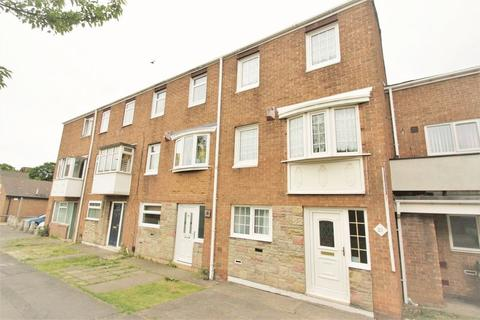 3 bedroom terraced house for sale - Parkfield Way, Stockton, TS18 3SU