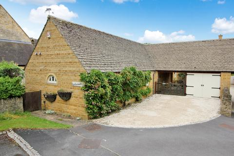 2 bedroom detached bungalow for sale - The Leasows, Chipping Campden.