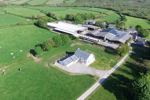 Farm for sale - Bokiddick, Bodmin