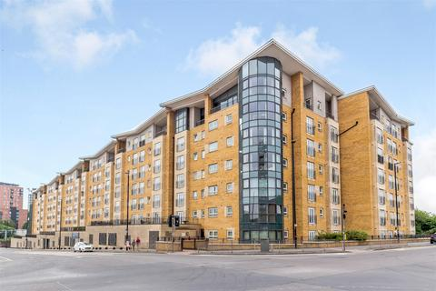 2 bedroom apartment for sale - Fusion 9, Middlewood Street, Salford, M5 4LH