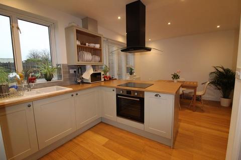 3 bedroom semi-detached house to rent - Turnfurlong, Aylesbury