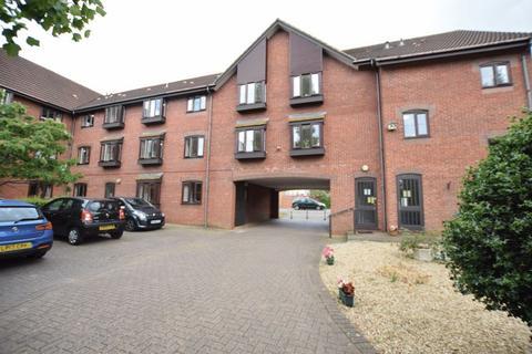 1 bedroom retirement property for sale - Beaconsfield Road, Aylesbury