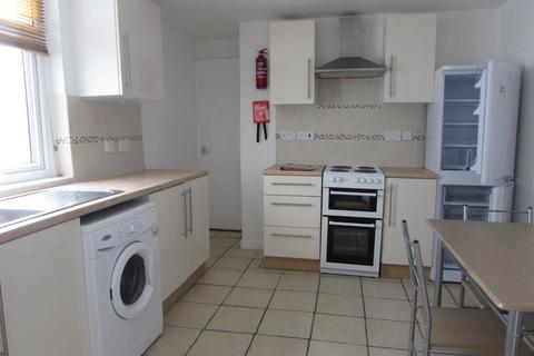 2 bedroom flat to rent - Montpelier Terrace, Ffynone, Swansea