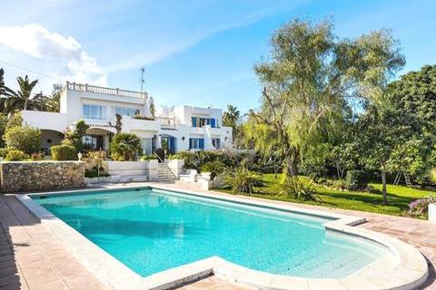 5 bedroom villa  - Santa Eulalia
