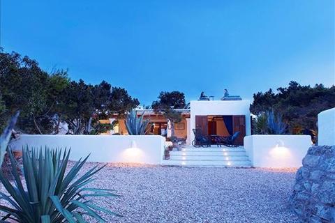 4 bedroom villa  - Santa Eulalia
