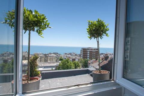 2 bedroom apartment to rent - Walpole Road, Brighton