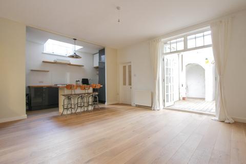 2 bedroom apartment to rent - Belgrave Place, Brighton