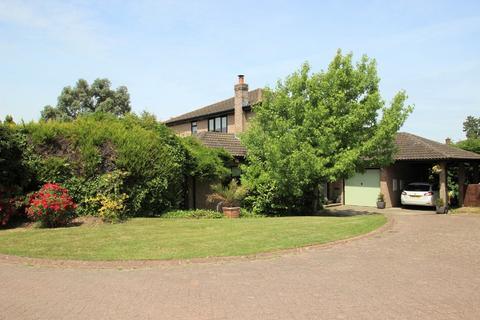 5 bedroom detached house for sale - The Poplars, Fishbourne