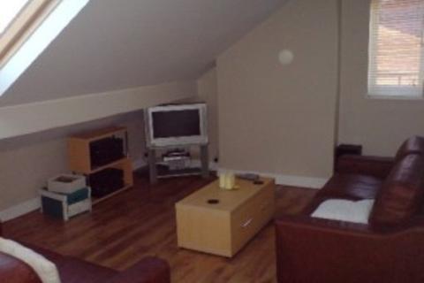 3 bedroom flat to rent - Flat 2 50 Cambridge Road, Birmingham,B13