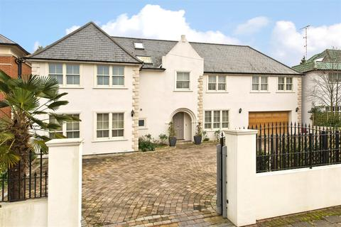 5 bedroom detached house for sale - Roedean Crescent, London