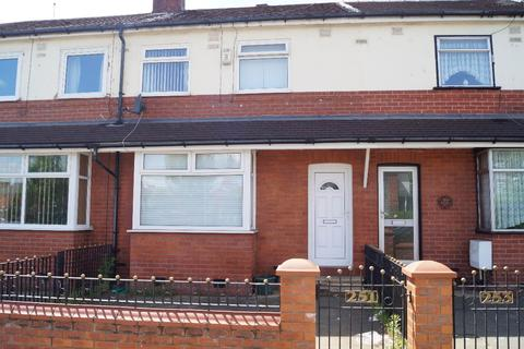 3 bedroom terraced house to rent - Langworthy Road, Salford, M6