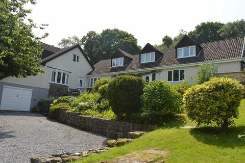 6 bedroom detached bungalow for sale - Woodlands, The Common, Swansea