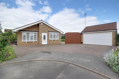 3 bedroom detached bungalow for sale - Glenfield Drive, Kirk Ella
