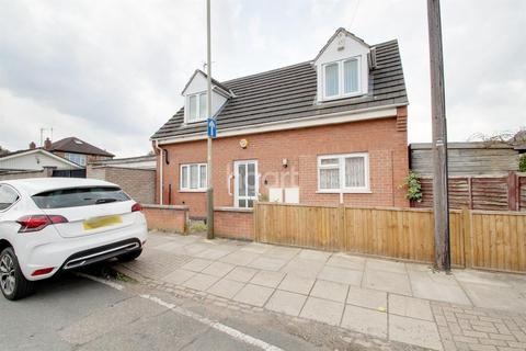 3 bedroom detached house for sale - 62 Marston Road, Leicester LE4 9FF