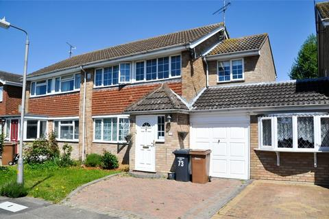 4 bedroom semi-detached house for sale - Downsway, Springfield, Chelmsford, Essex