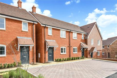 3 bedroom end of terrace house for sale - Aurum Green, Crockford Lane, Chineham, Hampshire, RG24