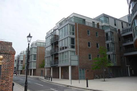 2 bedroom apartment to rent - Marlborough House, Queen Street, Portsmouth