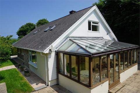 4 bedroom detached bungalow for sale - Long Street, Newport, Pembrokeshire