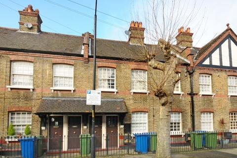 3 bedroom cottage to rent - Merrow Street Elephant & Castle SE17
