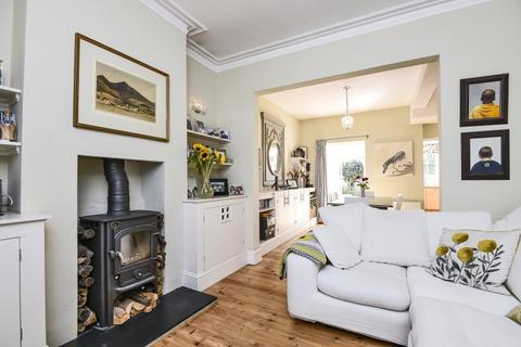 3 bedroom cottage to rent - Ashbury Road London SW11
