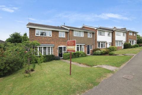 3 bedroom end of terrace house for sale - East Street, Billingshurst
