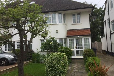 4 bedroom semi-detached house to rent - Mill Ridge, Edgware, Middlesex, HA8 7PE
